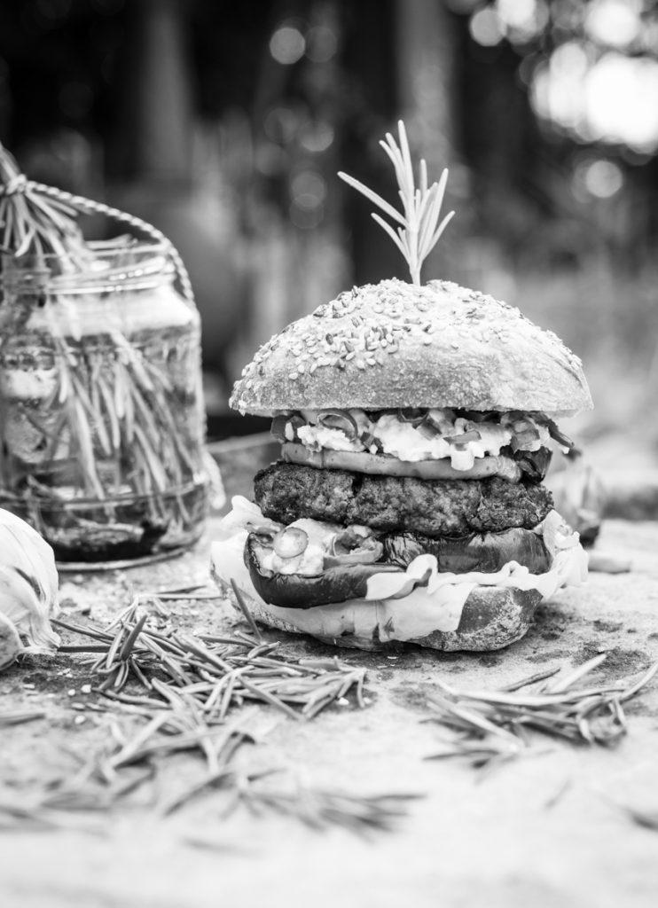 food-photography-stefanie-spoelder-black-white-Sam Sam Enschede